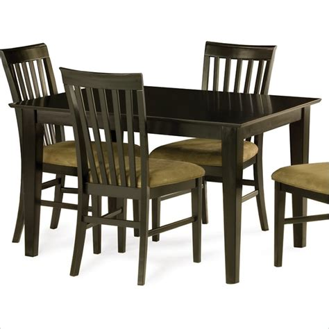 Shaker Dining Table And Chairs Runtime Error