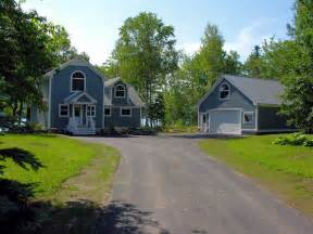 lake homes for sale in maine