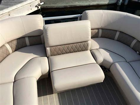 boat and marine upholstery repair in los angeles best way