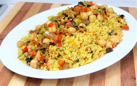 Cous cous con verdure al curry: un ricetta speziata e ...