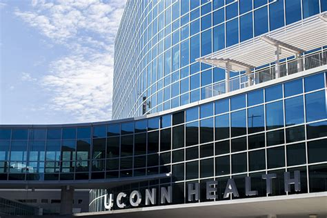 Uconn Mba Review by Uconn Health Faculty On 2015 Best Doctors List Uconn Today