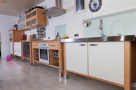 wandvitrine küche k 252 chenschrank ikea anleitung rheumri