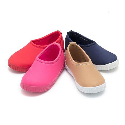 imagenes de zapatillas perronas zapatillas ni 241 os tipo neopreno zapater 237 a pisamonas
