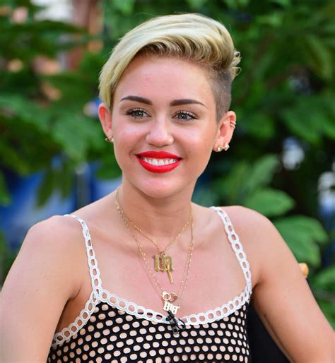name of miley cyrus hairdo miley cyrus haircut changed her life huffpost
