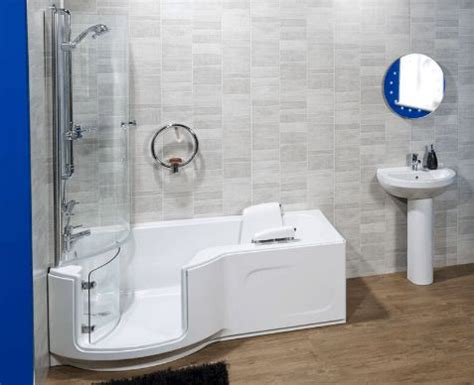 accessible bathrooms for the disabled 25 best ideas about disabled bathroom on pinterest