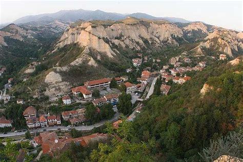 Southwestern Houses information about melnik bulgaria tourism sights
