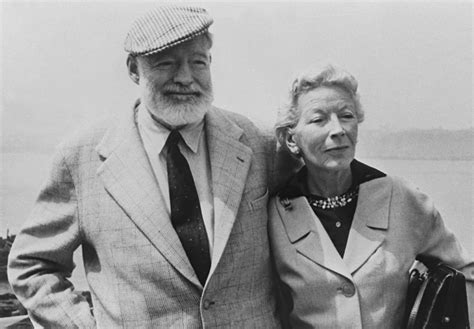 ernest hemingway biography francais the sun also rises ernest hemingway books