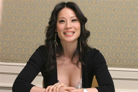 lucy photo lucy liu wallpapers images photos pictures backgrounds