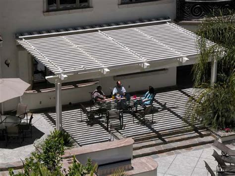awning solutions retractables 171 welcome to awning solutions