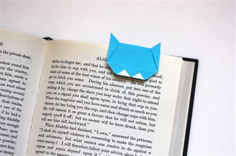 How To Make A Origami Bookmark - make an origami cat bookmark how about orange