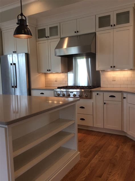 White Kitchen Cabinets for a Cleaner Look   Cabinet Style
