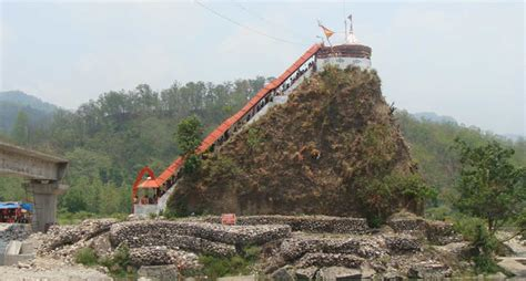 Famous Stairs tourist attractions in and around jim corbett national park