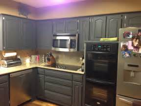 Chalk Painting Kitchen Cabinets Wilker Do S Using Chalk Paint To Refinish Kitchen Cabinets