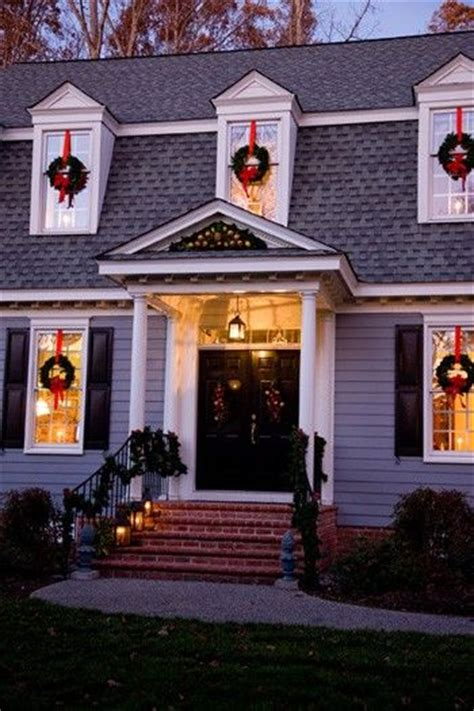 images of christmas wreaths on windows wreaths