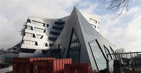 Students collaborate with starchitect Daniel Libeskind to