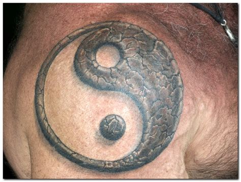 tattoo pictures of yin and yang yin yang tattoo designs pictures 171 unsorted 171 tatto on body