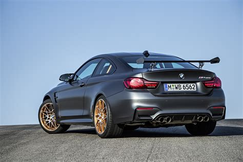 Bmw M4 Gts by Bmw M4 Gts Officially Unveiled With 500 Hp And A 7 28