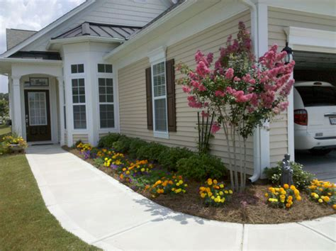 House Landscaping Ideas by Elegant Simple Landscaping Ideas Landscape Designs For