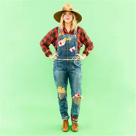 diy   minute scarecrow costume  pieces