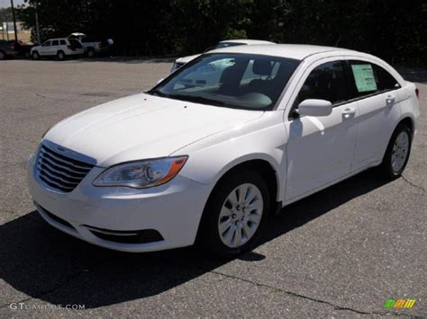 chrysler car white 2011 bright white chrysler 200 lx 48731787 gtcarlot com