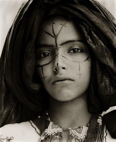 nudge women trip down memory lane tuareg people africa s blue people