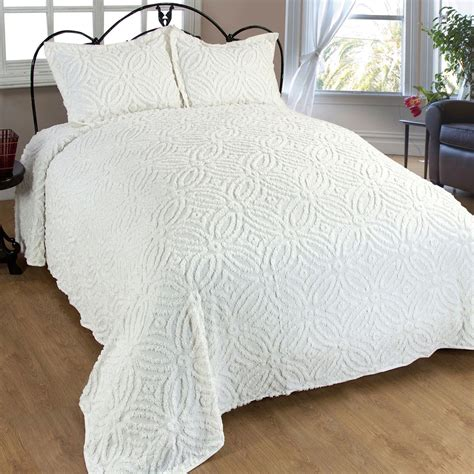 Cotton Bedspreads Wedding Ring Cotton Chenille Bedspread Bedding