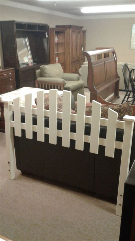 Picket Fence Bed Frame Picket Fence Bed W Frame Delmarva Furniture Consignment
