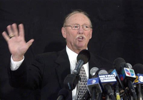 tom jackson obit ex michael jackson prosecutor tom sneddon dies at 73
