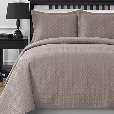extra large california king comforter top 13 best bedspread coverlet sets bedspread