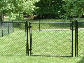 how much does it cost to install chain link fence fences