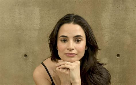 mia maestro photos mia maestro wallpapers images photos pictures backgrounds