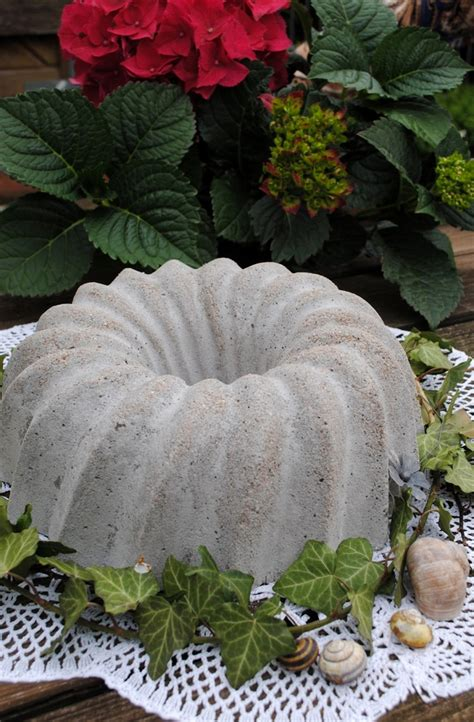 Diy Garden Decor Projects 22 Diy Concrete Projects And Creative Ideas For Your Garden