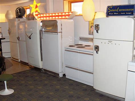 vintage kitchen appliances 26 great photos of ted and stella s dreamy retro ranch