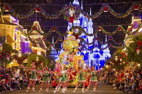disney world christmas decorations pictures reference