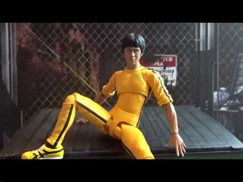 Hbj5485 Shf S H Figuarts Bruce Yellow Track Suit Us s h figuarts bruce yellow track suit figure review