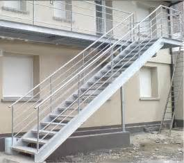 Industrial Handrails tutorial industrial staircase handrail sketchucation 1