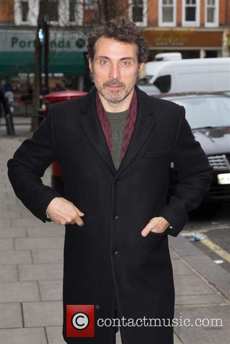 rufus sewell photoshoot rufus sewell news photos and videos contactmusic