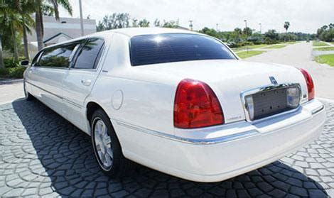 Limousine Service Indianapolis by Limo Service Indianapolis In Save Up To 20 Limos