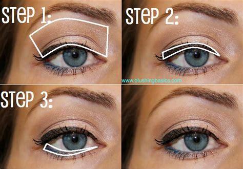 eyeliner tutorial everyday favorite everyday makeup look makeup kiki company