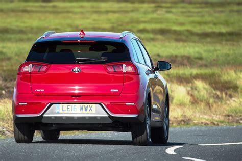 Kia Crossover Vehicles Kia Niro Distinctive Hybrid Crossover Driven Read Cars