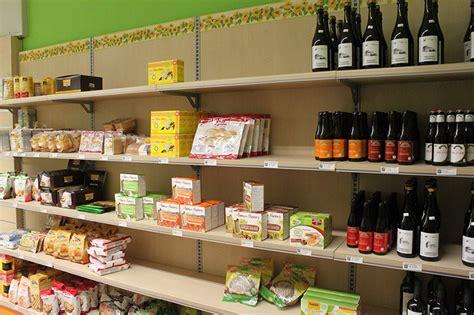 arredi negozi alimentari arredo negozio alimentare arredamento market alimenti como