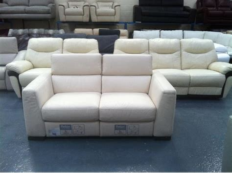 Ex Display Leather Sofas Ex Display Italsofa Leather Manual Recliner 2 Seater Sofa Outside Wakefield Area Wakefield