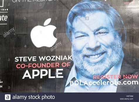 Buy Apple Beirut Beirut Lebanon 19th October Apple Company Co Founder Steve Wozniak Stock Photo Royalty Free