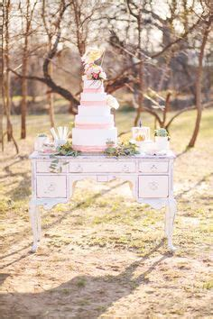 Cottage Wedding Ideas by 1000 Images About Vintage Pieces To Look For On