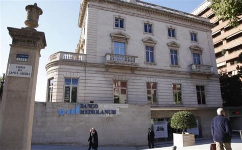 sede mediolanum banco mediolanum traslada su domicilio social de barcelona