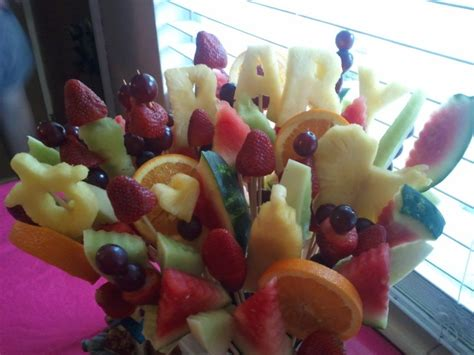 Fruit Centerpieces For Baby Shower by Edible Fruit Centerpieces By Wuerffelwoman 9 Diy And