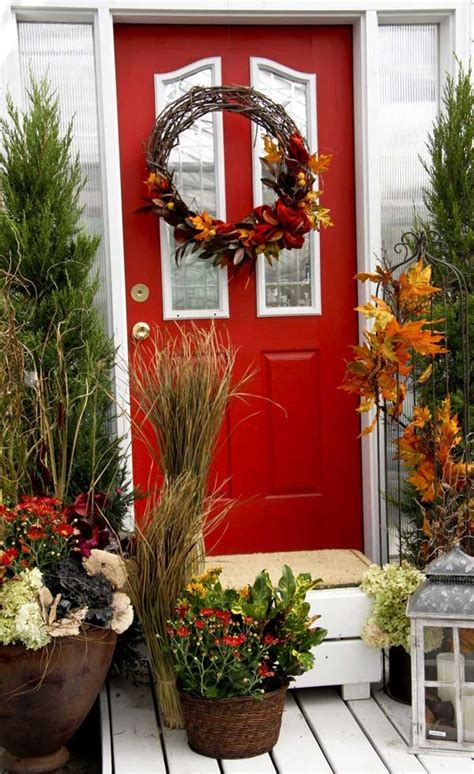 front door entrance decorating ideas 47 cute and inviting fall front door d 233 cor ideas digsdigs