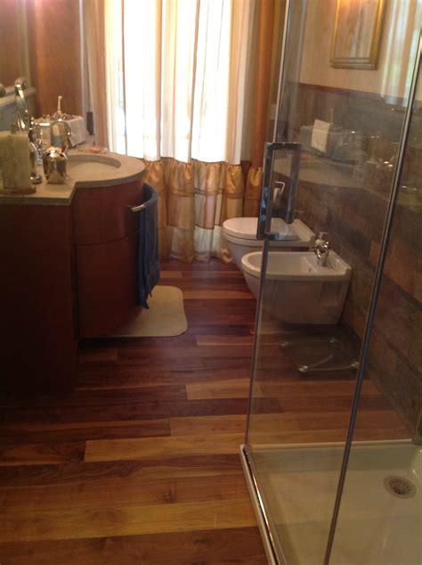 pavimento bagno consigli pavimento legno per bagno excellent bagno parquet