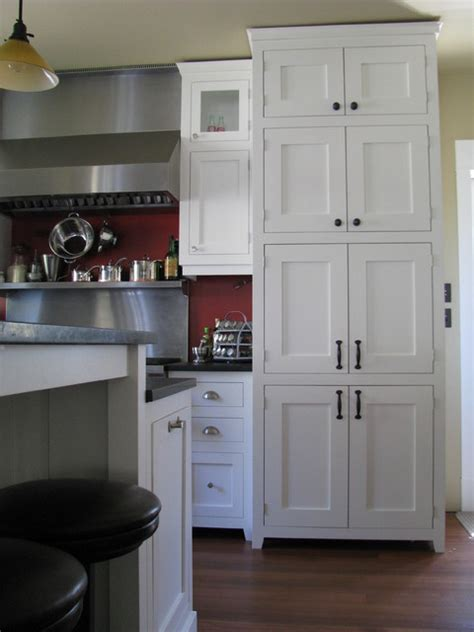 kitchen cabinets craftsman style white craftsman style traditional kitchen