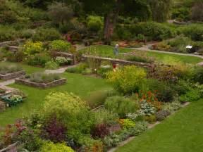 Garden Images by Robison York State Herb Garden Image Gallery Cornell